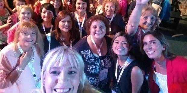 Multitudinaria reunión de mujeres evangélicas convocadas por la vida y familia