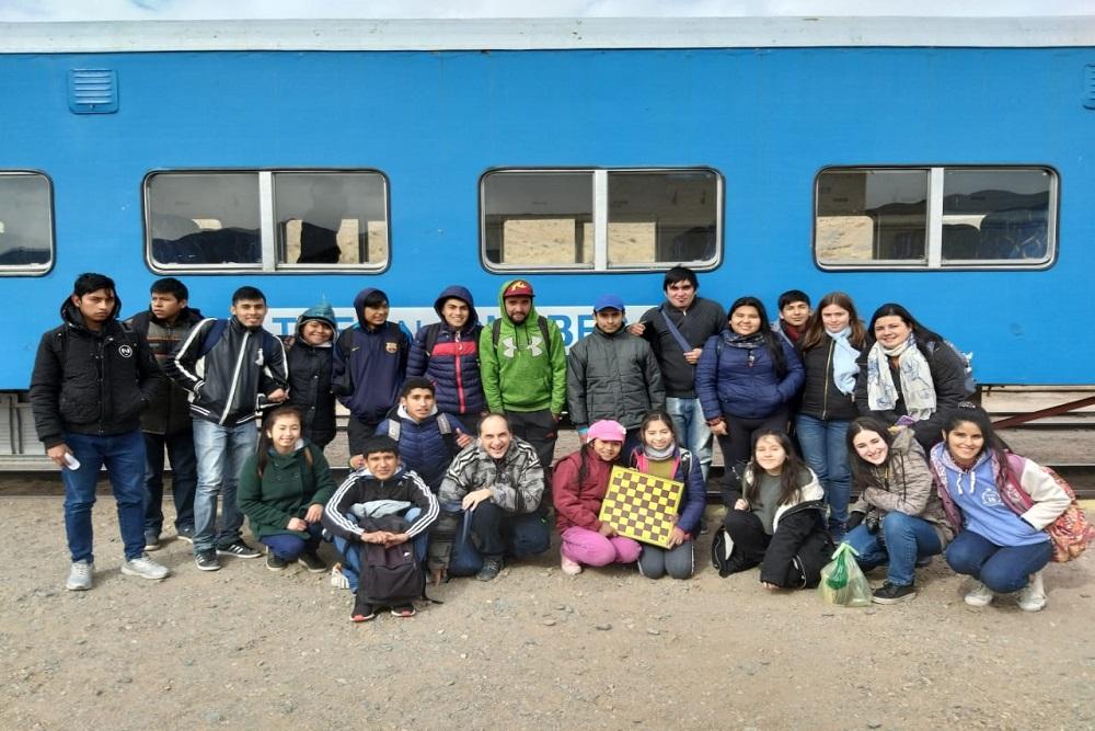 Estudiantes destacados viajaron al emblemático Tren a las Nubes