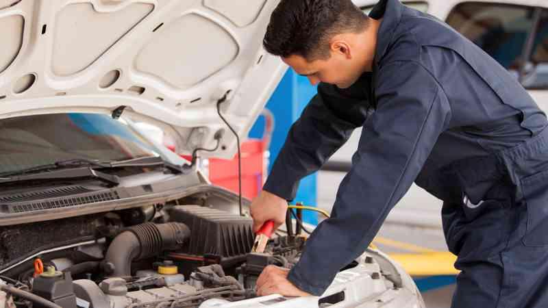 Curso gratuito de mantenimiento de vehículos