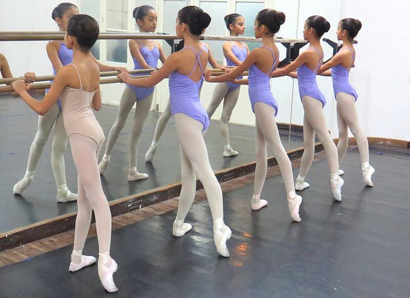Comenzaron  las inscripciones para formar parte de la Escuela Oficial de Ballet de la Provincia de Salta