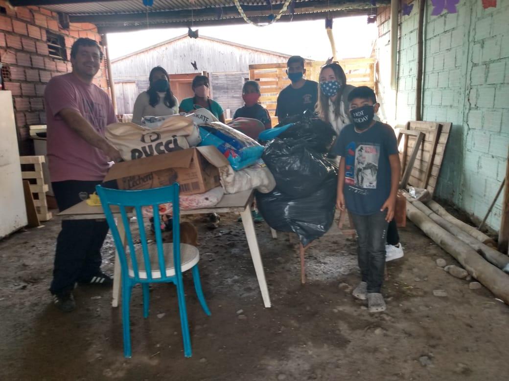 """Se desarrolló la campaña solidaria de frazadas y ropa de bebés de la Fundación """"El arte de vivir"""""""