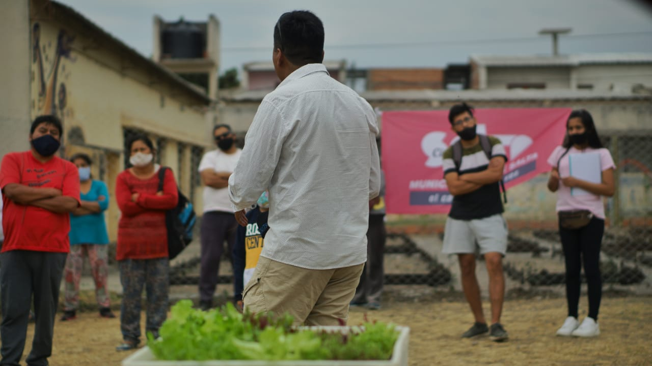 En villa Asunción se construyó una huerta comunitaria