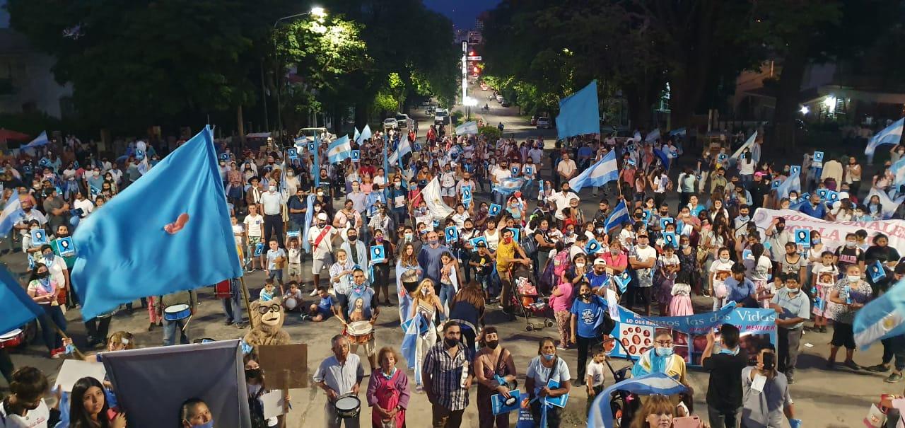 Salteños salieron a las calles a defender la vida y  en rechazo al proyecto del aborto