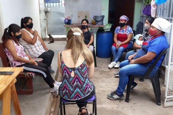 """""""Madres Plenas"""", el proyecto de fortalecimiento comunitario en villa Floresta"""