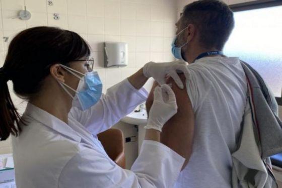 Inició la vacunación contra COVID-19 a pacientes trasplantados