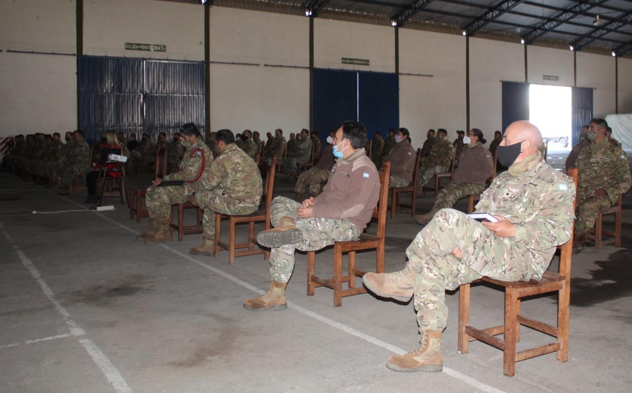 Se promueven acciones de capacitación en género y derechos humanos para el Ejército Argentino