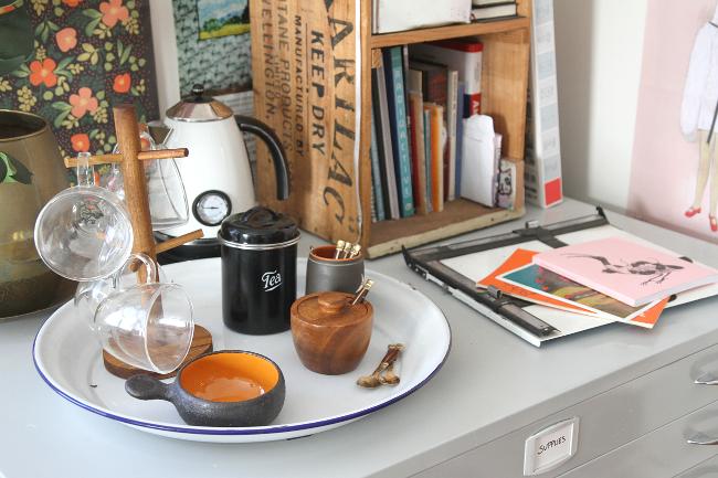 Tea station surface