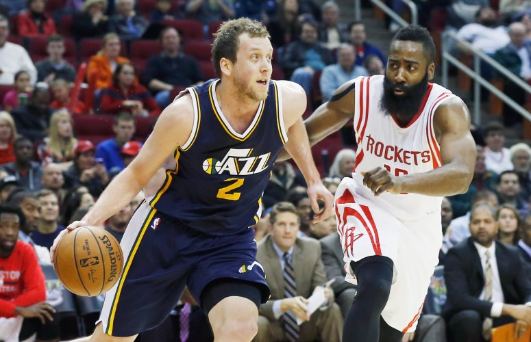 Swingman Joe Ingles looks to be an important part of the 2015-16 Jazz squad. (Getty Images)