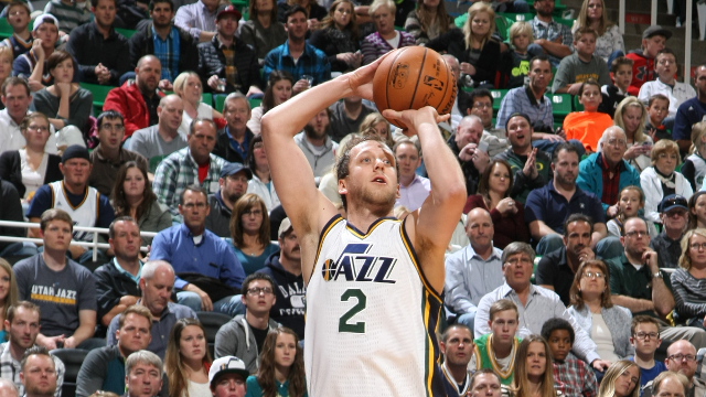 Joe Ingles has been part of the Jazz bench's recent mini resurgence. (NBAE/Getty Images)