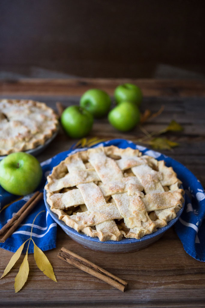 My Favorite Apple Pie Recipe - the perfect combination of light, flaky crust and tart, lightly sweetened filling.