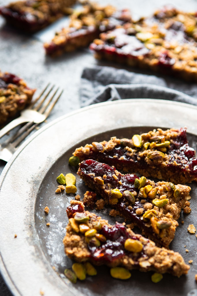 Is it a cherry jam tart or a crumble? It's both!