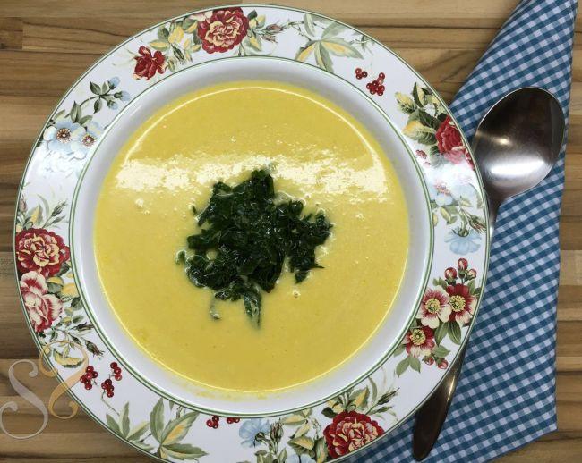 Sopa de milho verde com couve…