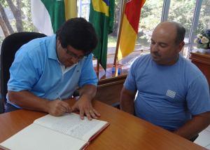 PMSJ-ROQUE-2-300x214 EXECUTIVO: Prefeito transmite cargo para Presidente do Legislativo durante suas férias