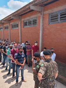 alistamento-4-225x300 Junta Militar - 70 jovens passam por Inspeção de Saúde