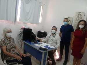medico-gustavo-2-300x225 População conta com mais um médico na rede municipal