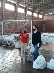 PPA-1-225x300 Ação Social- Famílias recebem cestas de alimentos