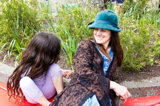 Murija and Lyra Jewelery at the Salt Spring Saturday Market
