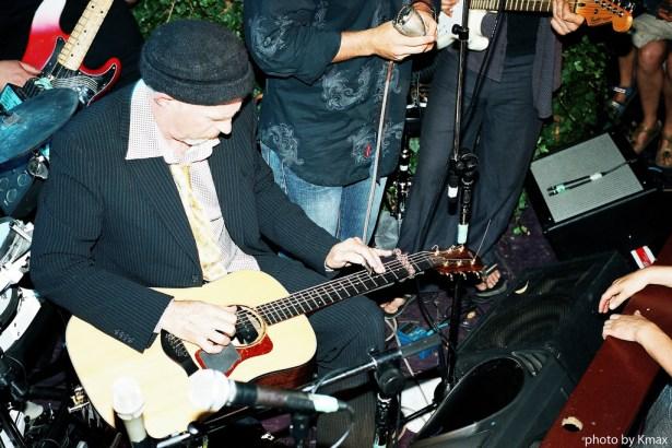 Harry Manx, live at the treehouse, Salt Spring Island, BC