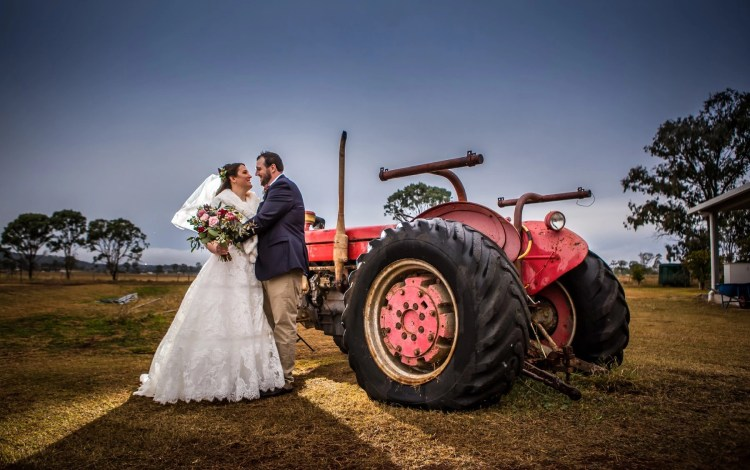 Bride Groom Tractor winter