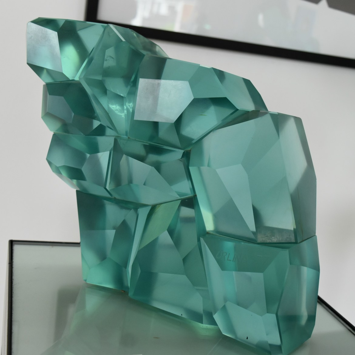 'Chasing Rainbows', glass sculpture by Ramon Orlina