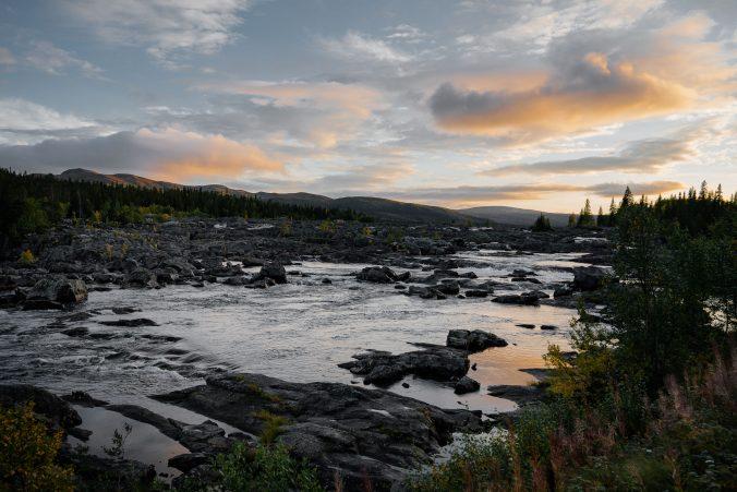Vildmarksvägen Wasserfall