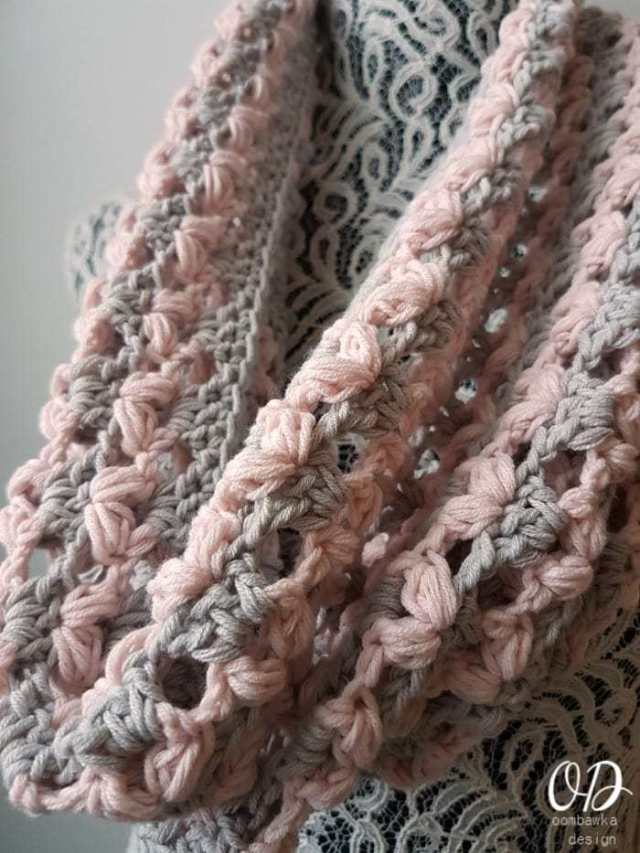 Love is in the Air Valentine Cowl - Free Valentine Crochet Pattern Collection compiled by Salty Pearl Crochet