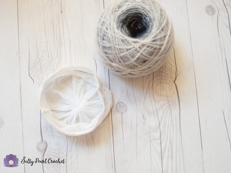 How to Store Yarn Cakes with Pantyhose