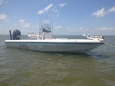 24 foot champion bay boat
