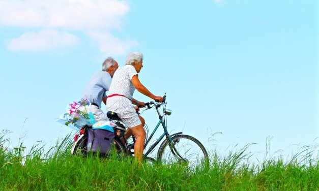 Hacer ejercicio ayuda a los adultos mayores a ser más independientes, según un estudio
