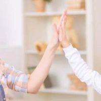 Consejo para los padres: Reconozcan los méritos de sus hijos