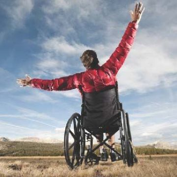 Comunidad al Día, Clinics Can Help Provides Independence and Dignity to Those with Mobility Issues