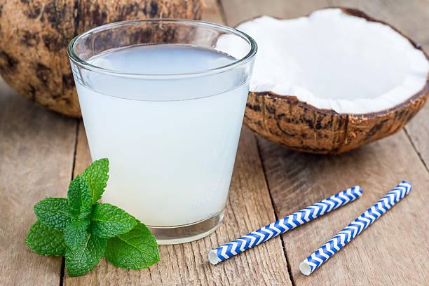 bebida de agua de coco