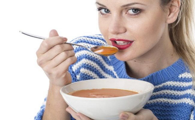 Sopa de cebolla con verduras