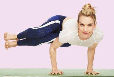 Cómo el yoga puede ayudarle a verse más joven que sus años