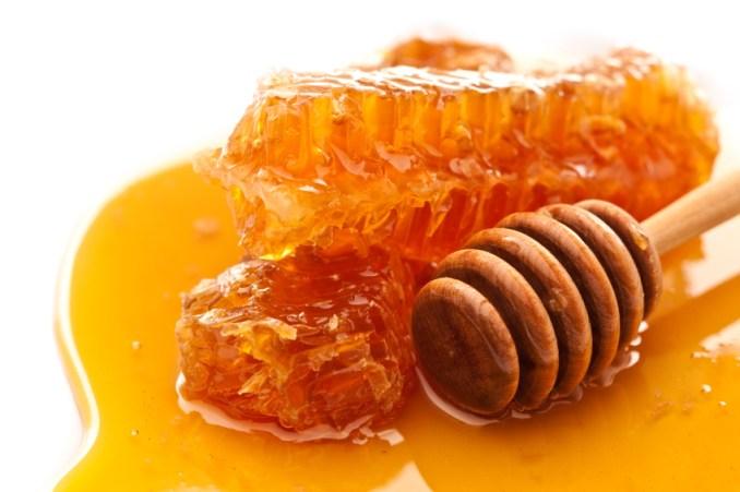 Sustituir azúcar con Miel de Abeja