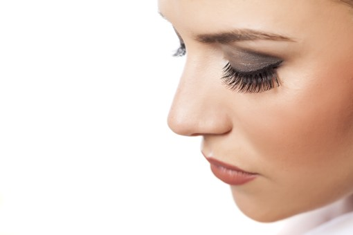 The luxurious natural look of these syntheticEyelash Extensions is achieved by a meticulous and artful application of synthetic lashes, all applied one by one to your natural lash by a certified Xtreme LashesLash Stylist.