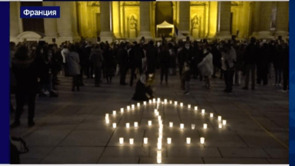 Сен-Сюльпис: сотни католиков в знак протеста устроили мессу под открытым небом.