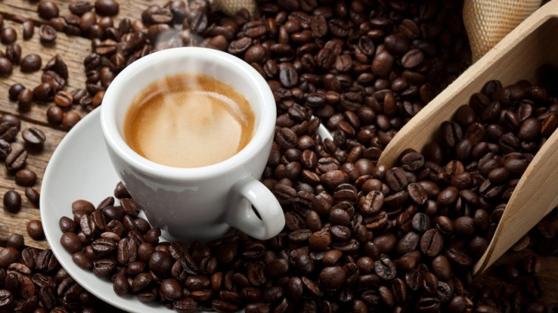 Una tazzina di caffè può portare benefici alla salute