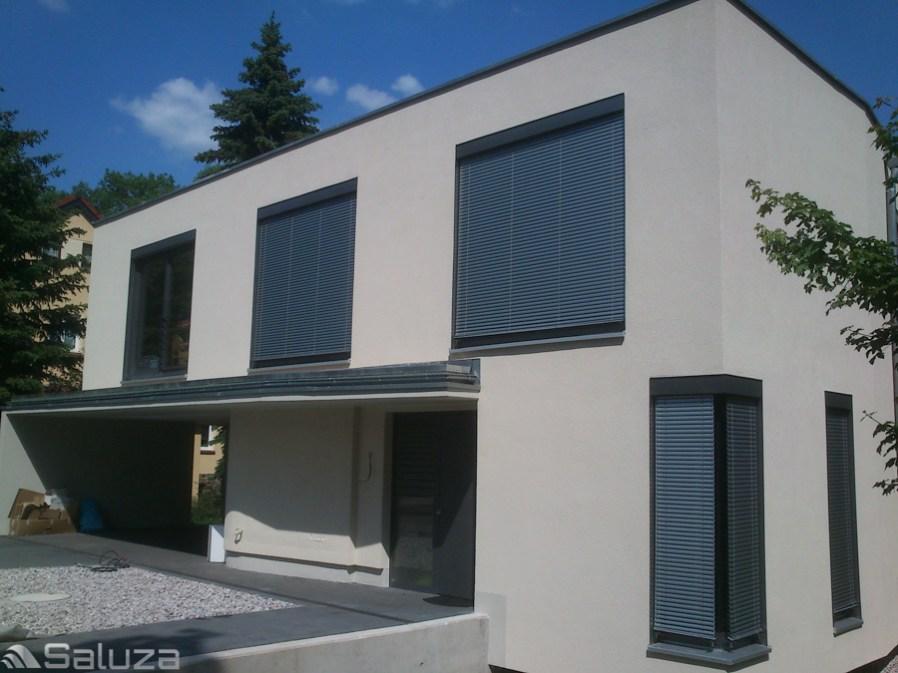 zaluzje fasadowe c50 ral 9006 zabudowane z naroznikami - saluza.eu