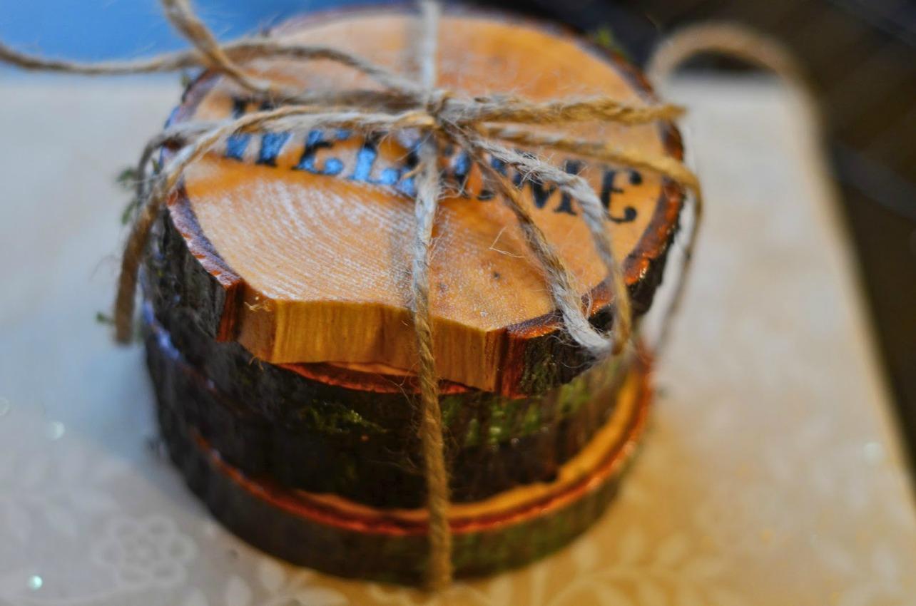 DIY wood beverage coasters feature on salvagesisterandmister.com