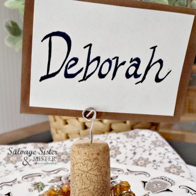 Make a wine cork place card holder easily with this reuse craft tutorial on salvagesisterandmister.com