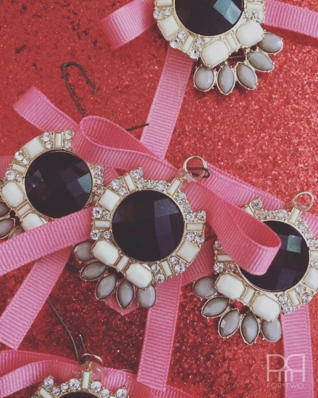 upcycle-ornaments-jewelry-a