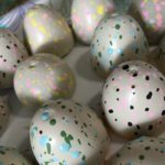 hatch-animals-valentine-speckled-eggs