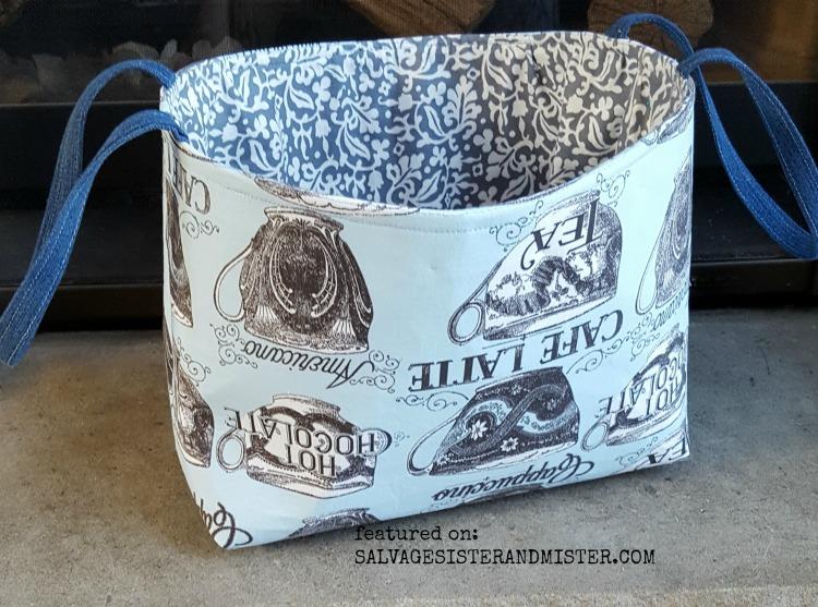 A DIY scrap fabric basket sewing tutorial #fabricscraps #sewing #reuse