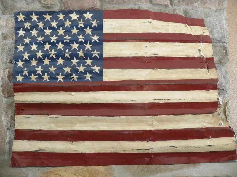 Upcycle Patriotic Projects - upcycled wood flag from Sonja Mawson #upcycle #4thofjuly #americanflag #repurpose #woodflag
