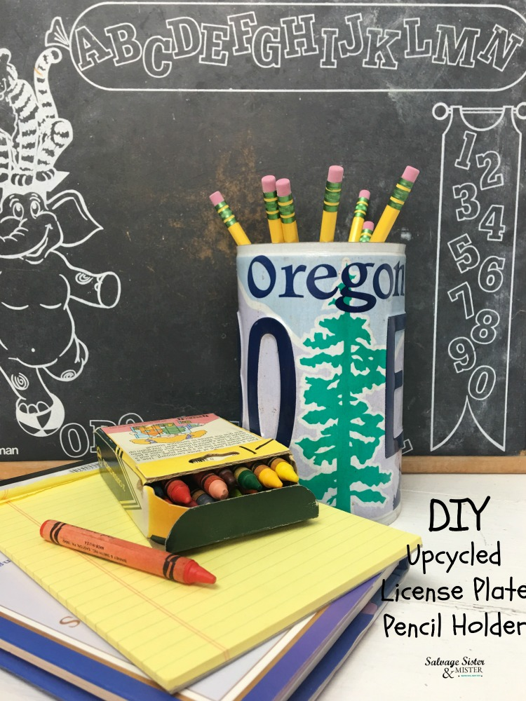 DIY upcycled license plate pencil holder project at https://www.salvagesisterandmister.com