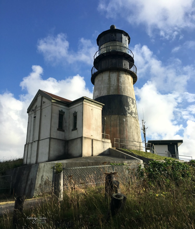 a weekend trip to Astoria oregon and across the bridge to see the lighthouses
