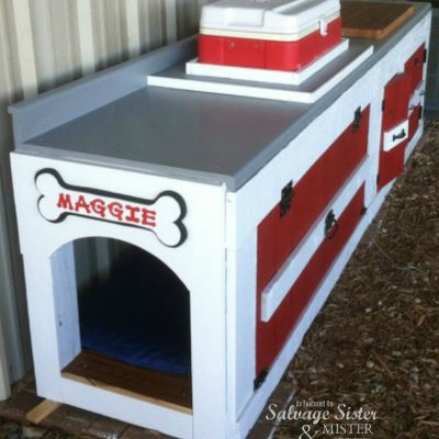 DOG HOUSE FROM AN OLD KITCHEN CABINET FEATURED ON SALVAGESISTERANDMISTER.COM (repurposed kitchen cabinet dog house from 3 saw ranch)