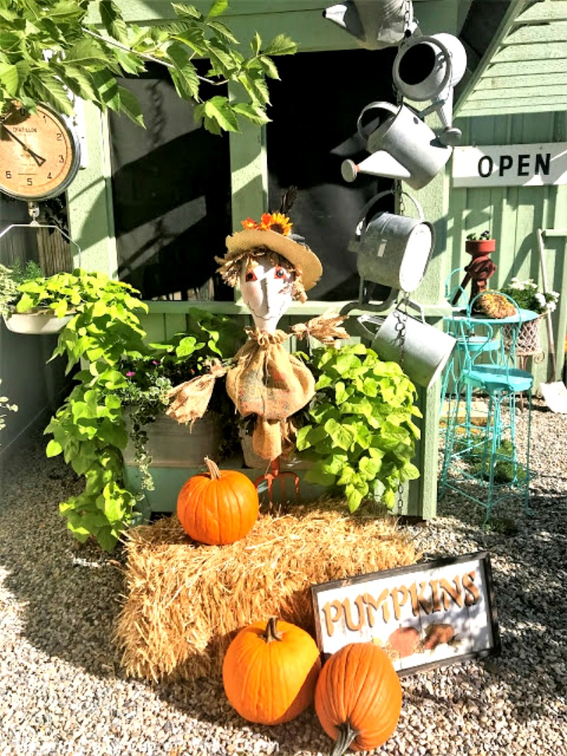 Fall Decor - Create a pitchfork scarecrow with items you already have. Instructions on how to make him are at salvagesisterandmister.com #falldecor #fallvignette #scarecrow