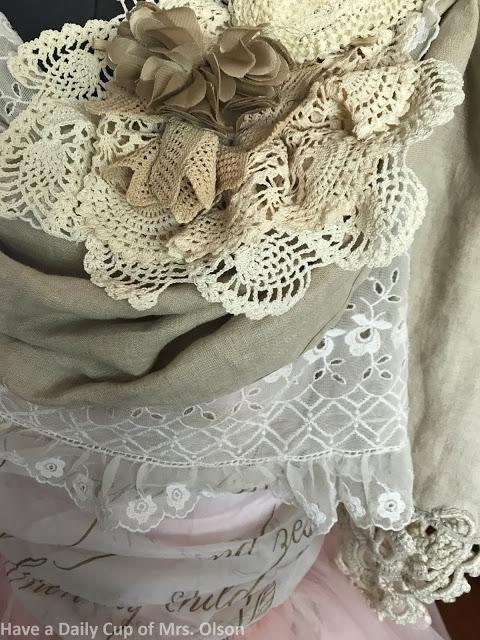 vintage dress mannequin feature on salvagesisterandmister.com
